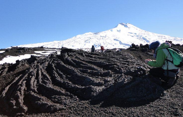 3_Corded_lavas_Llaima_volcano