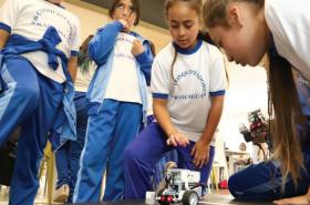 """Isabel Orellana: """"La brecha de género en ciencias no va a disminuir sola"""""""