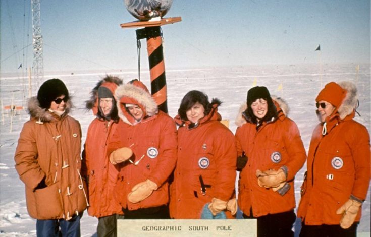 Women at South Pole-02